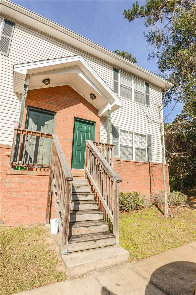 Photo of 2403 Hartsfield Road #404, TALLAHASSEE, FL 32303 (MLS # 327652)