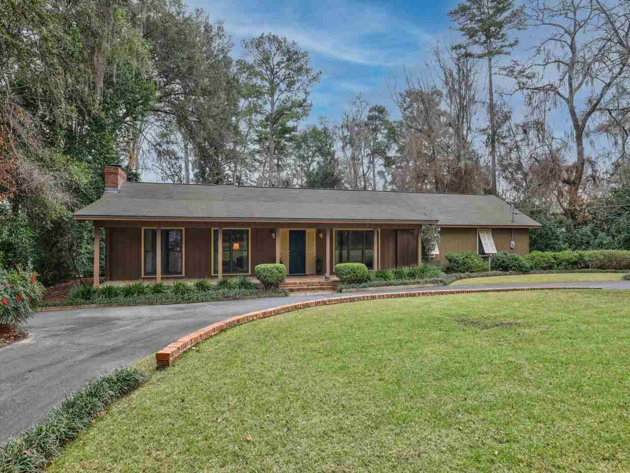 Photo of 1805 Linden Lane, TALLAHASSEE, FL 32308 (MLS # 327653)
