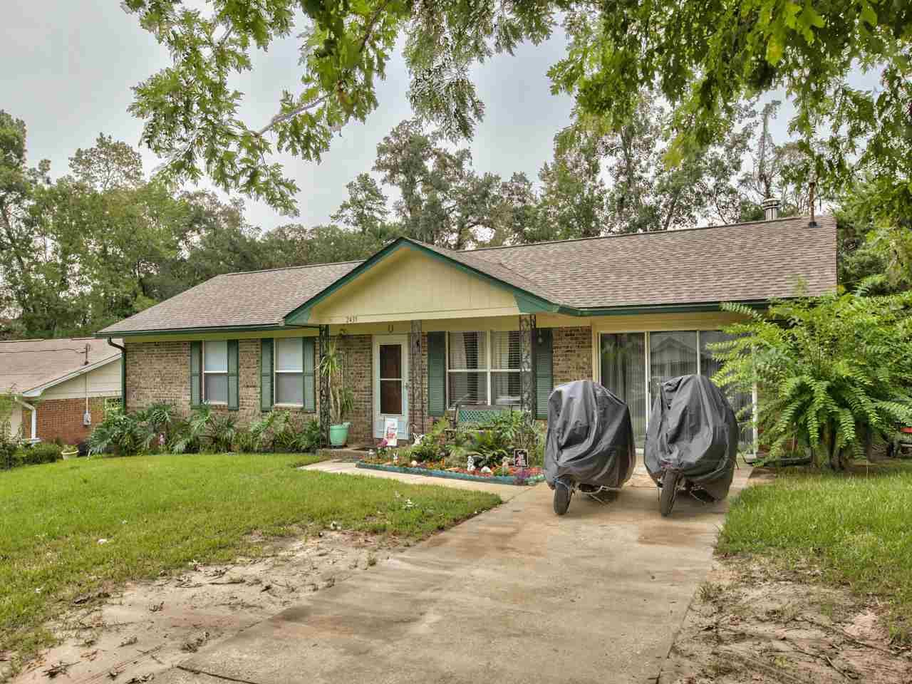 Photo of 2439 Dundee Drive, TALLAHASSEE, FL 32308 (MLS # 322660)