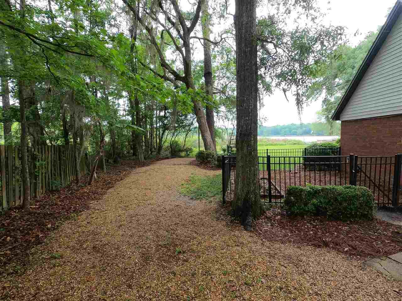 Photo of 3908 Wood Green Way, TALLAHASSEE, FL 32309 (MLS # 331671)