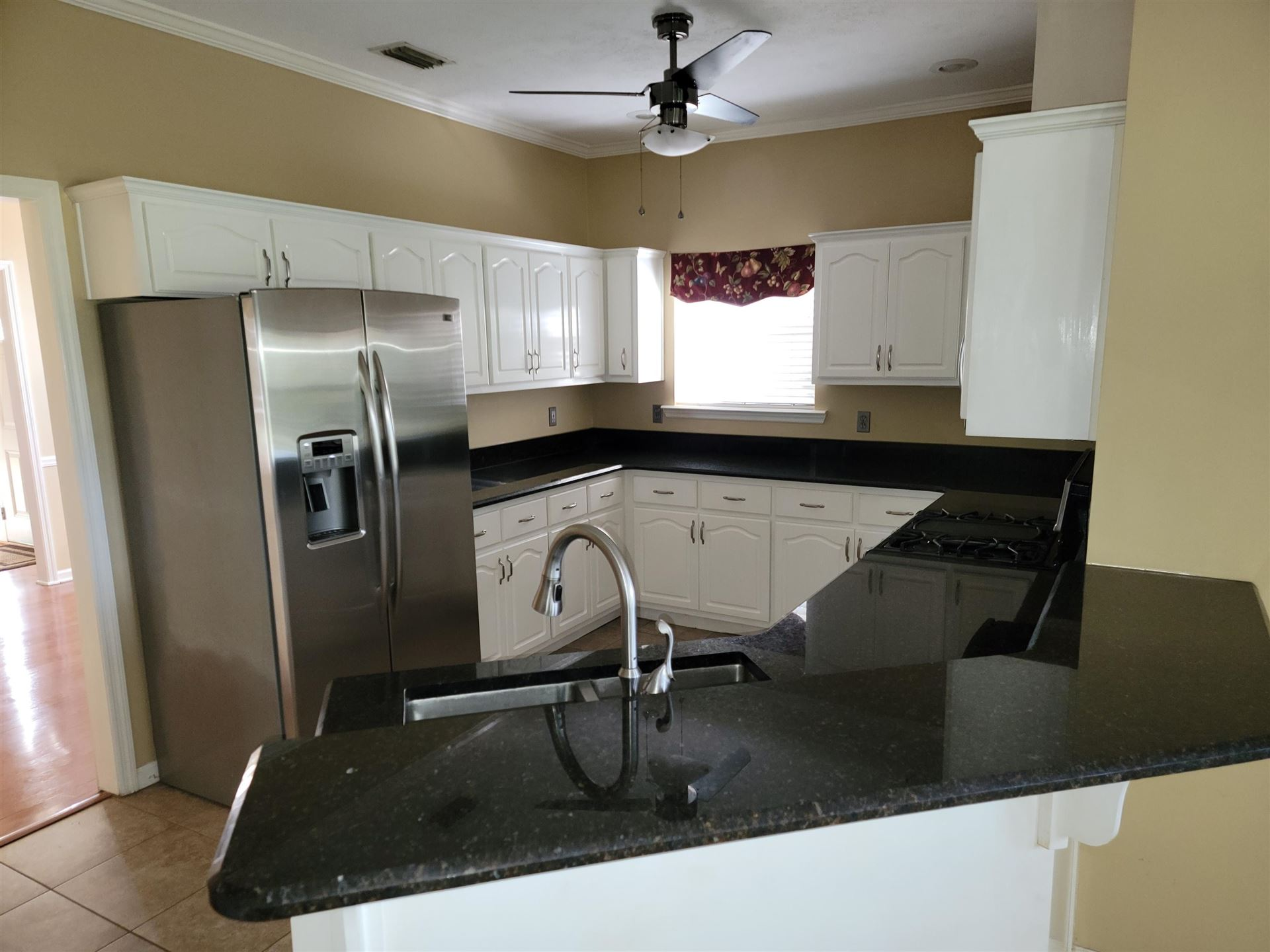 Photo of 1154 RONDS POINTE Drive, TALLAHASSEE, FL 32312 (MLS # 338691)