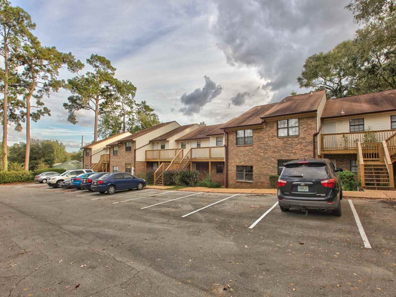 Photo of 1108 Green Tree Court #L, TALLAHASSEE, FL 32303 (MLS # 323705)