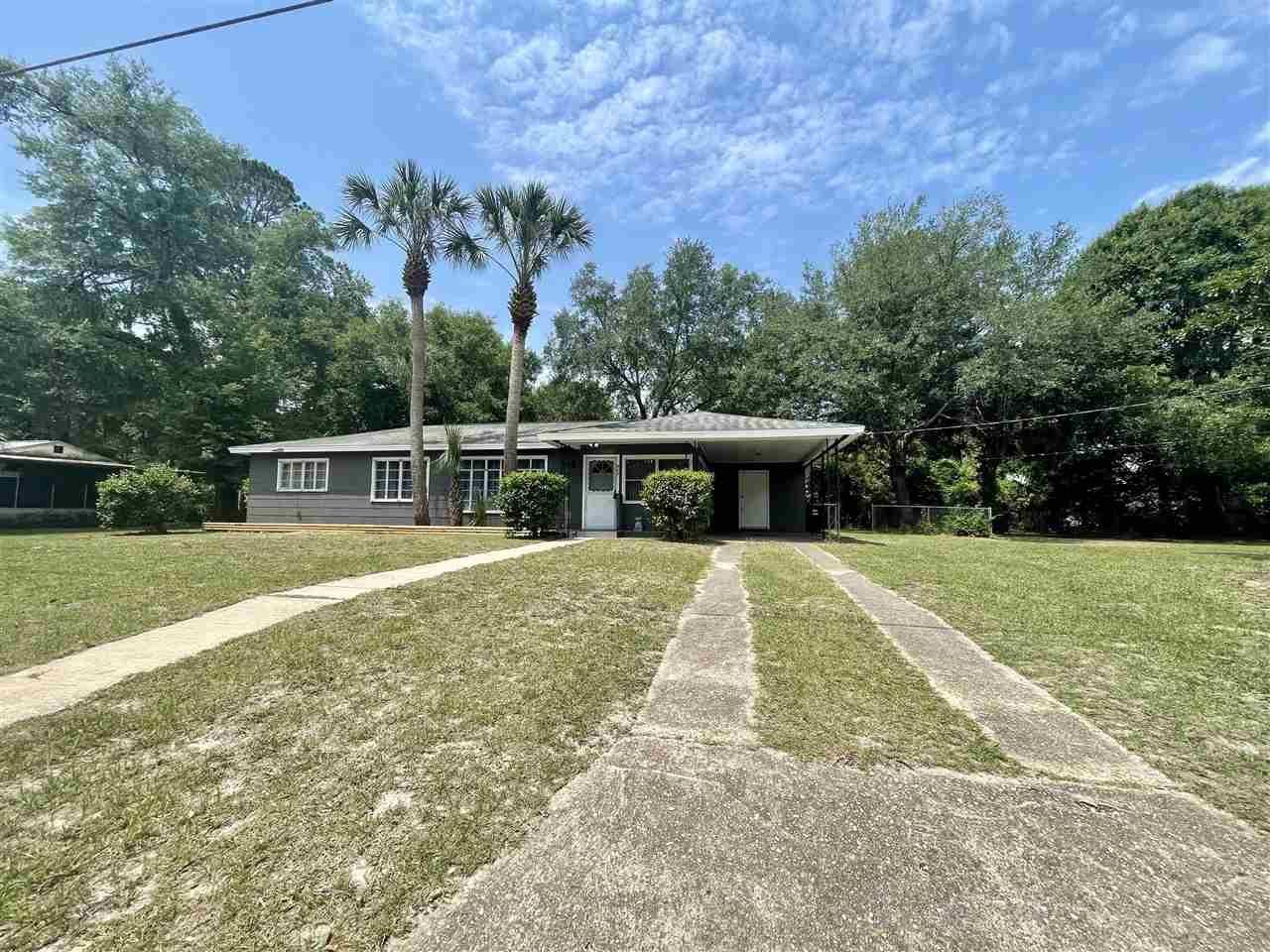 Photo of 807 E Cherry Street, PERRY, FL 32347 (MLS # 331733)
