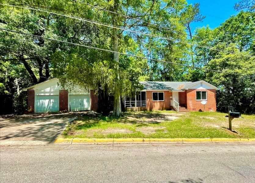 124 Barbourville Drive, Tallahassee, FL 32301 - MLS#: 329736