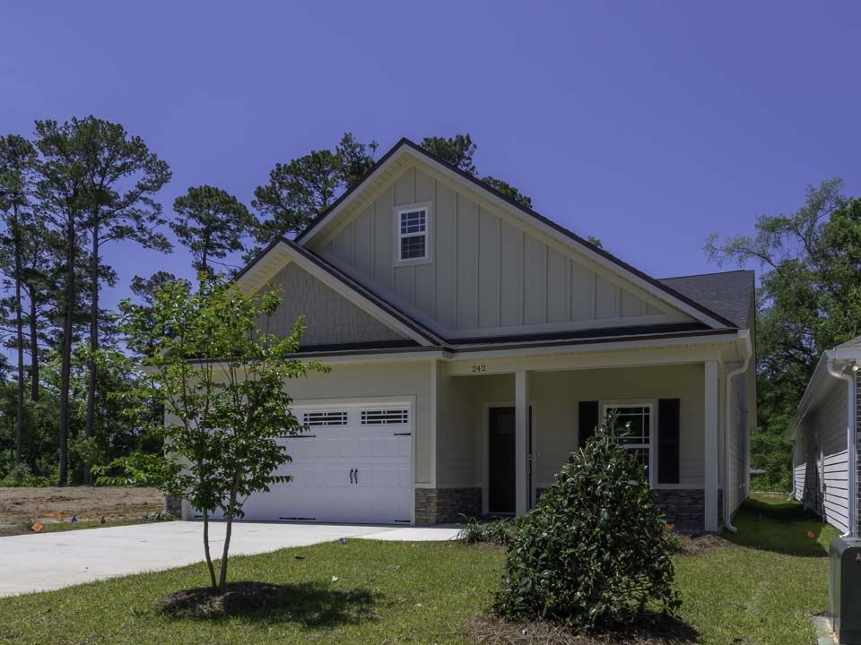 242 Cottage Court, Tallahassee, FL 32308 - MLS#: 324741