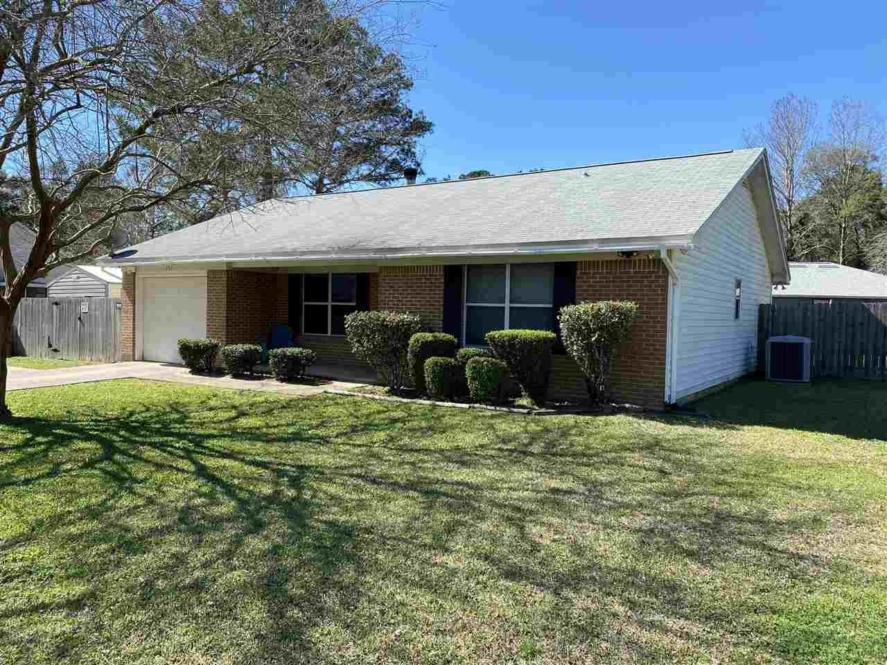 Photo of 1952 Maryellen Drive, TALLAHASSEE, FL 32303 (MLS # 328751)