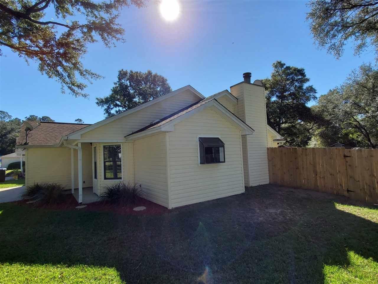 Photo of 2621 Crocket Ct, TALLAHASSEE, FL 32303 (MLS # 325804)