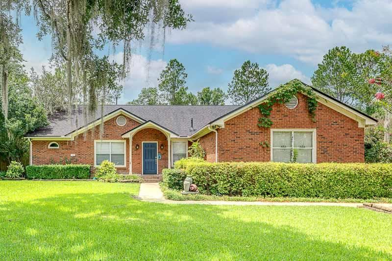 Photo of 6306 Coach House Court, TALLAHASSEE, FL 32312 (MLS # 334805)