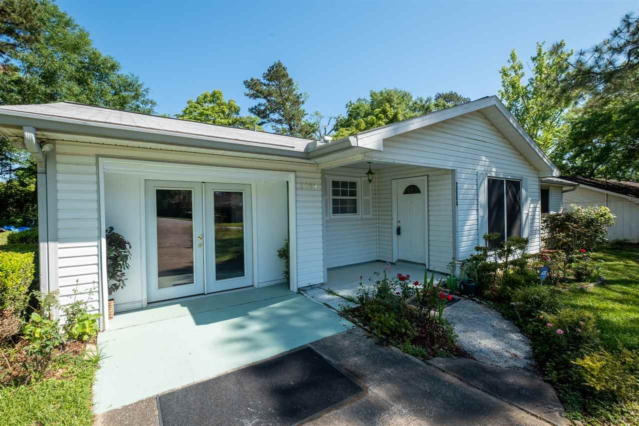 Photo of 2004 Eastgate Way, TALLAHASSEE, FL 32308 (MLS # 330807)