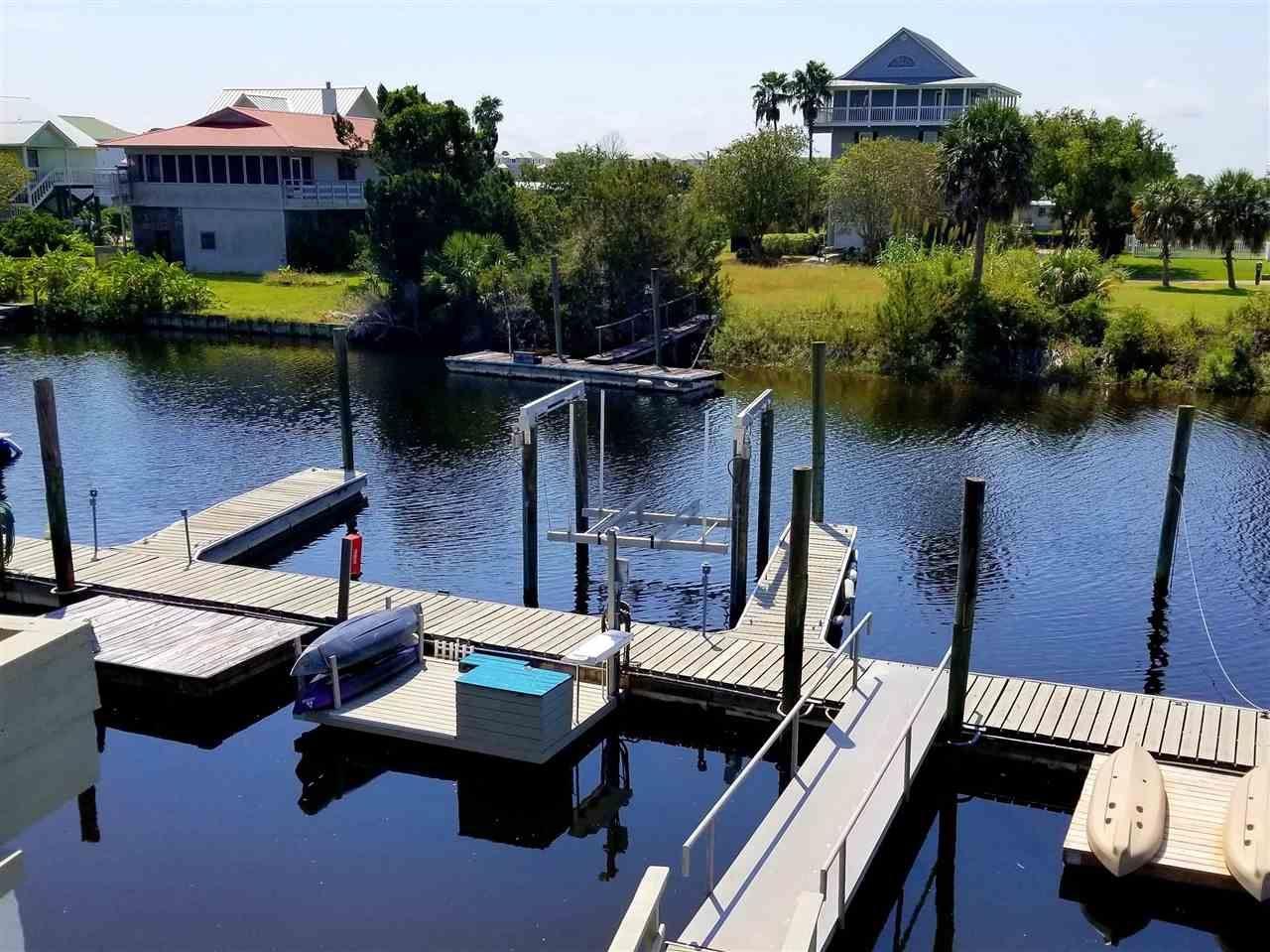 Photo of 21 Harbour Point Drive, CRAWFORDVILLE, FL 32327 (MLS # 331833)