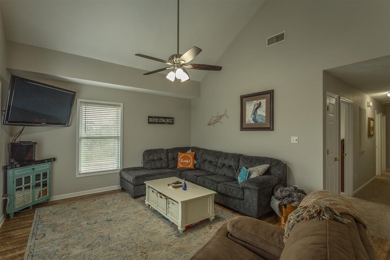 48 Blue Dolphin Drive, Crawfordville, FL 32327 - MLS#: 328846