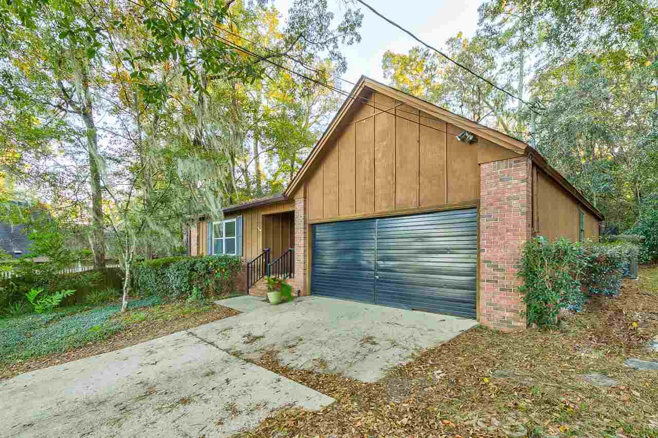 Photo of 1997 Copper Beech Court, TALLAHASSEE, FL 32308 (MLS # 325857)