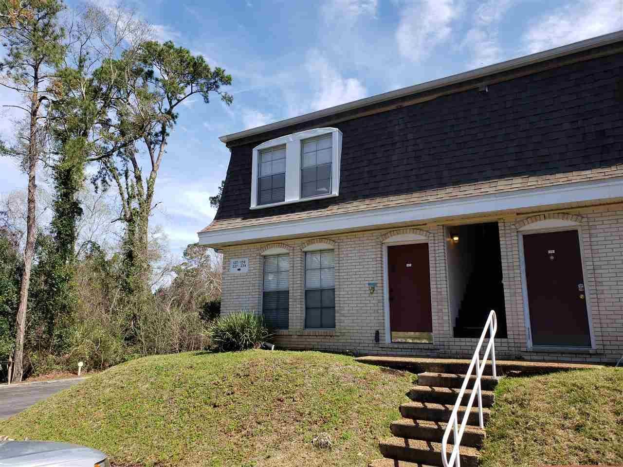 Photo for 2020 Continental Avenue #127, TALLAHASSEE, FL 32304 (MLS # 315870)