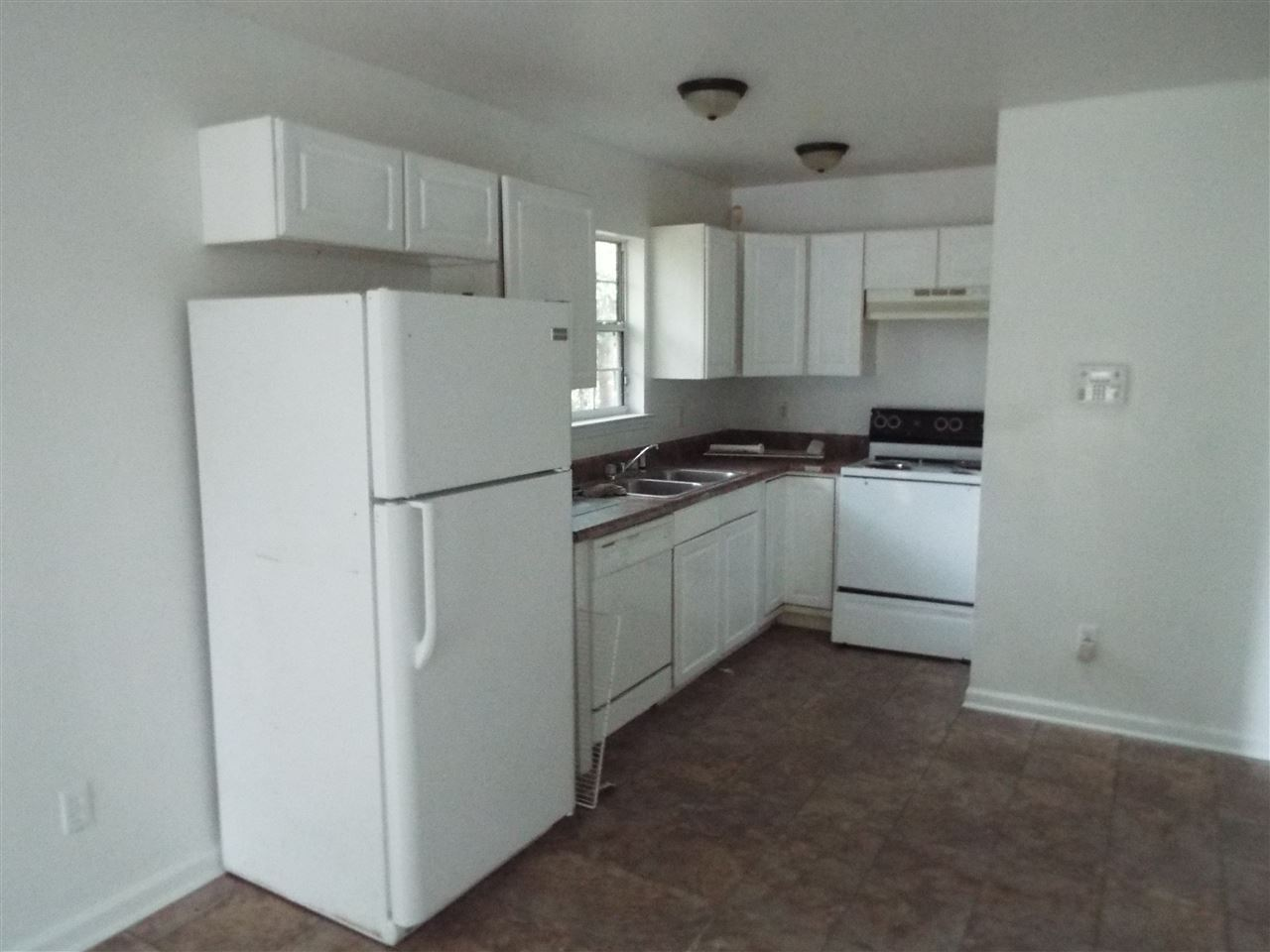 Photo of 827 Central St, TALLAHASSEE, FL 32303 (MLS # 315974)