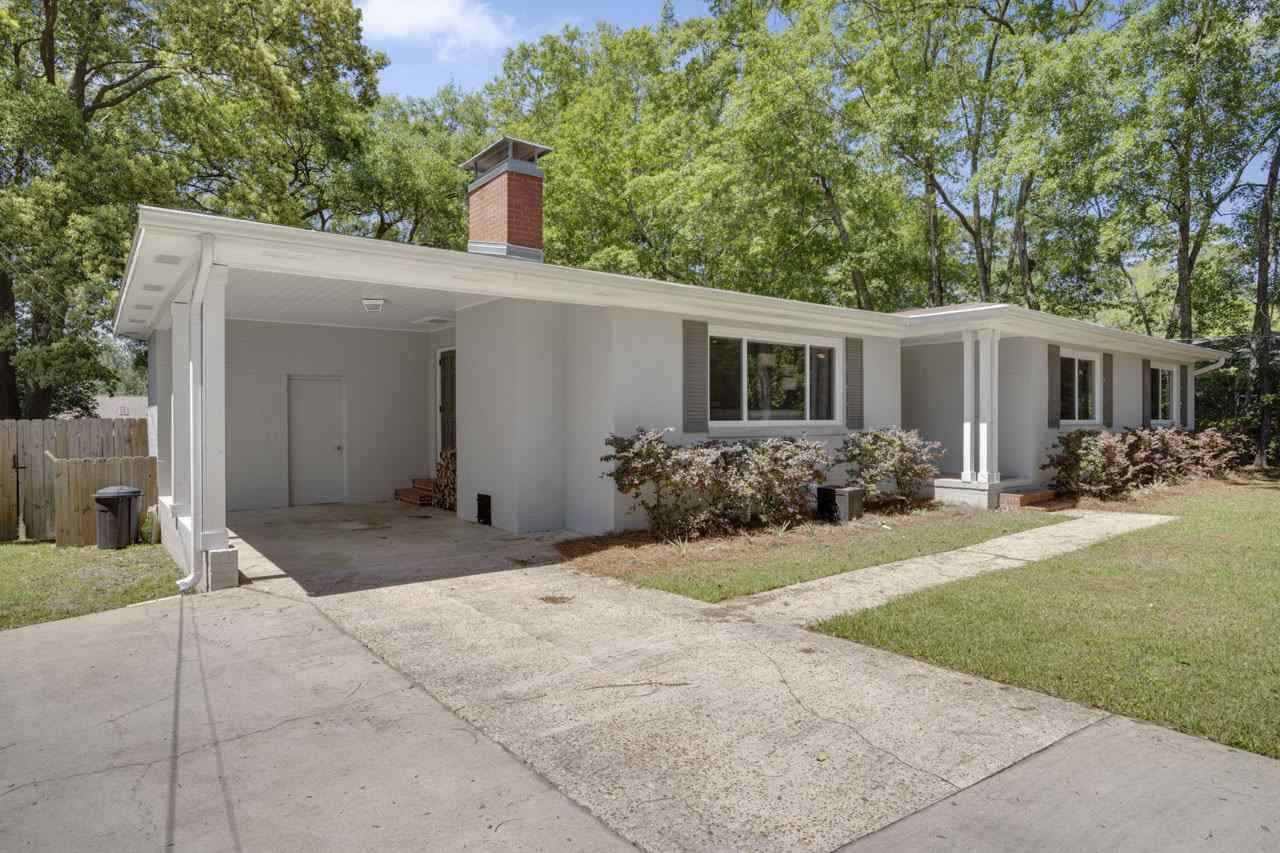 Photo of 2064 Greenwood Drive, TALLAHASSEE, FL 32303 (MLS # 330977)