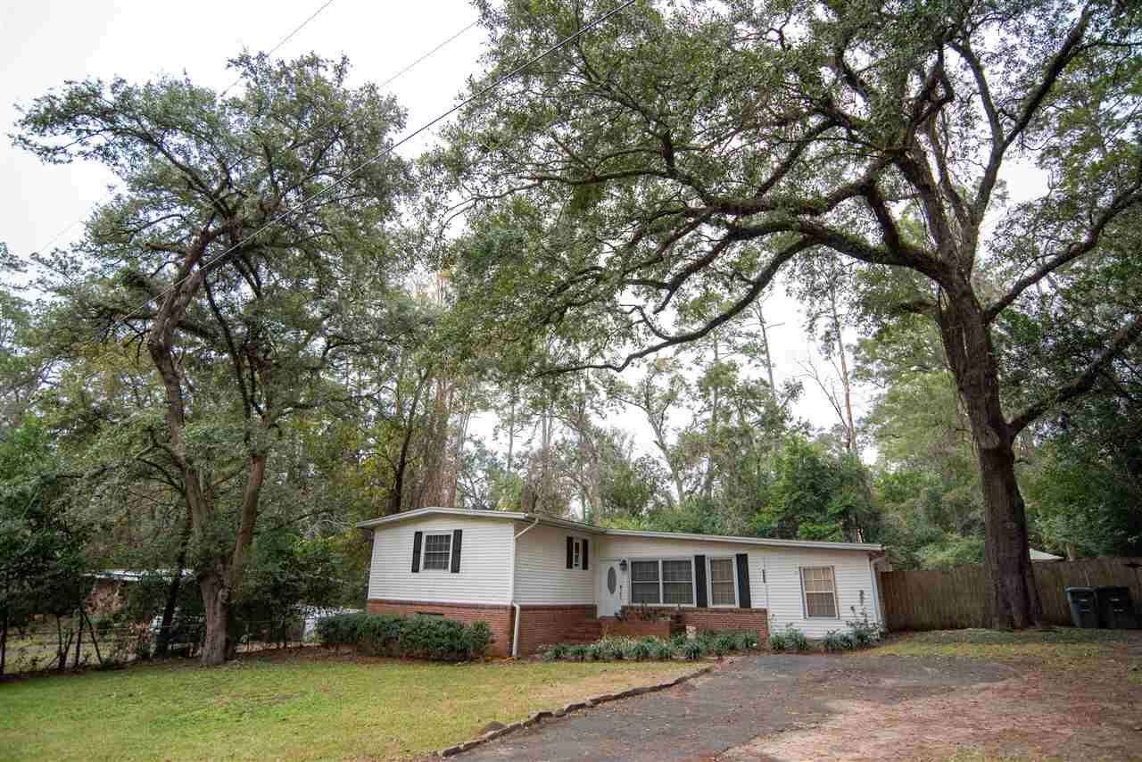 Photo of 1814 Sunset Lane, TALLAHASSEE, FL 32303 (MLS # 326994)