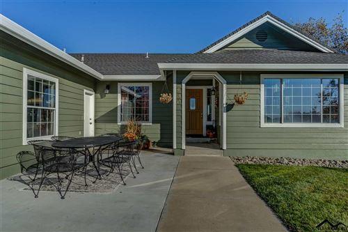 Photo of 830 Terrace Drive, Red Bluff, CA 96080 (MLS # 20201031)