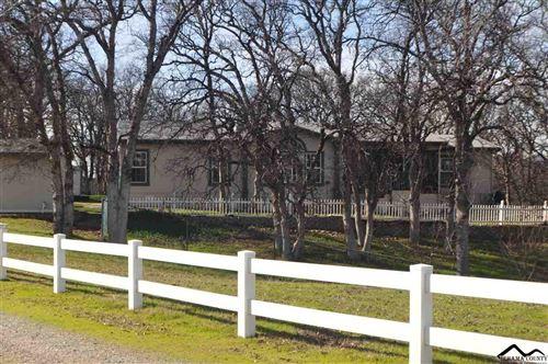 Photo of 14645 Lone Oak Road, Red Bluff, CA 96080 (MLS # 20210150)