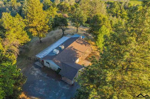 Photo of 13497 Old Oregon Trail, Redding, CA 96003 (MLS # 20181224)