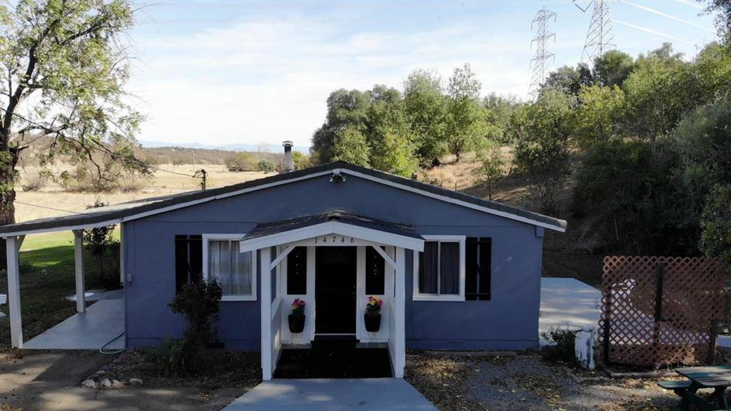 Photo for 14746 Melanie Lane, Red Bluff, CA 96080 (MLS # 20181382)