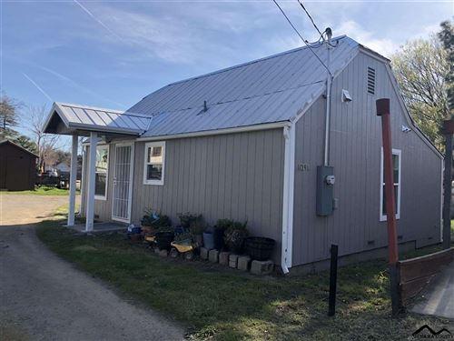 Photo of 1129 Walnut Street, Red Bluff, CA 96080 (MLS # 20210391)