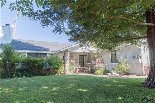 Photo of 2550 Cimarron Drive, Red Bluff, CA 96080 (MLS # 20200566)