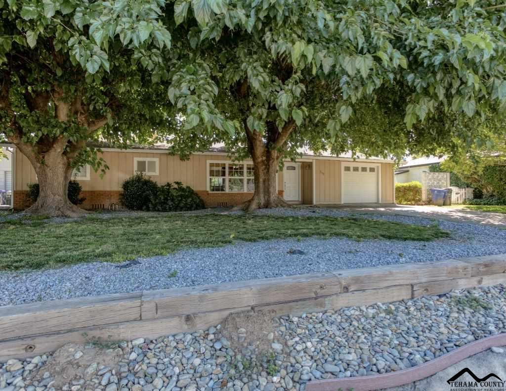 Photo for 275 Kaer Avenue, Red Bluff, CA 96080 (MLS # 20190718)