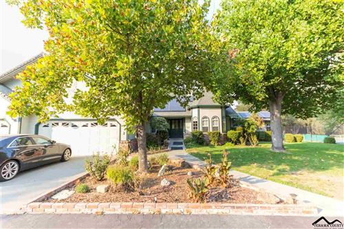 Photo of 21412 Creekside Drive, Red Bluff, CA 96080 (MLS # 20200774)