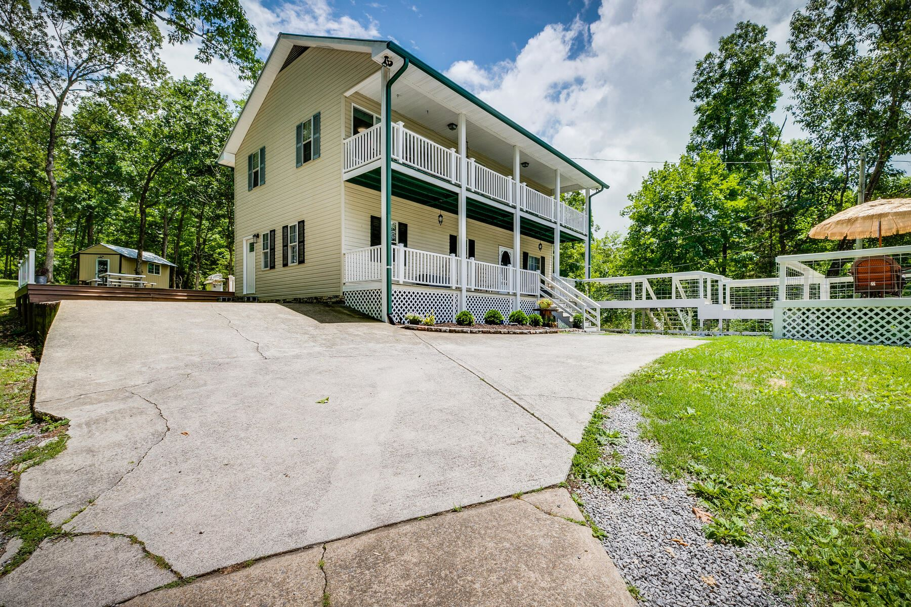 Photo of 1279 South Old State Highway 70, Rogersville, TN 37857 (MLS # 9924032)