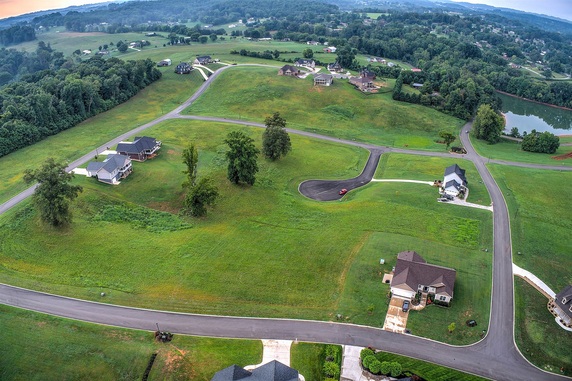 Photo of 4141 Harbor View Drive, Morristown, TN 37814 (MLS # 9927134)