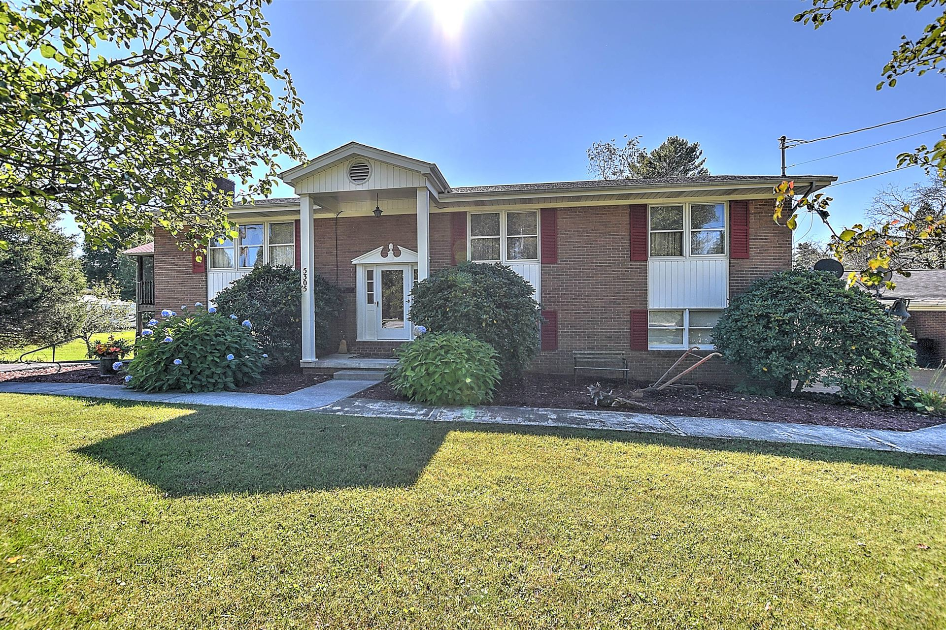 Photo of 5305 Lonesome Pine Road, Kingsport, TN 37664 (MLS # 9930144)