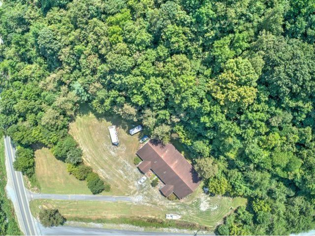 Photo of 4954 Fort Henry Drive, Kingsport, TN 37663 (MLS # 9920223)