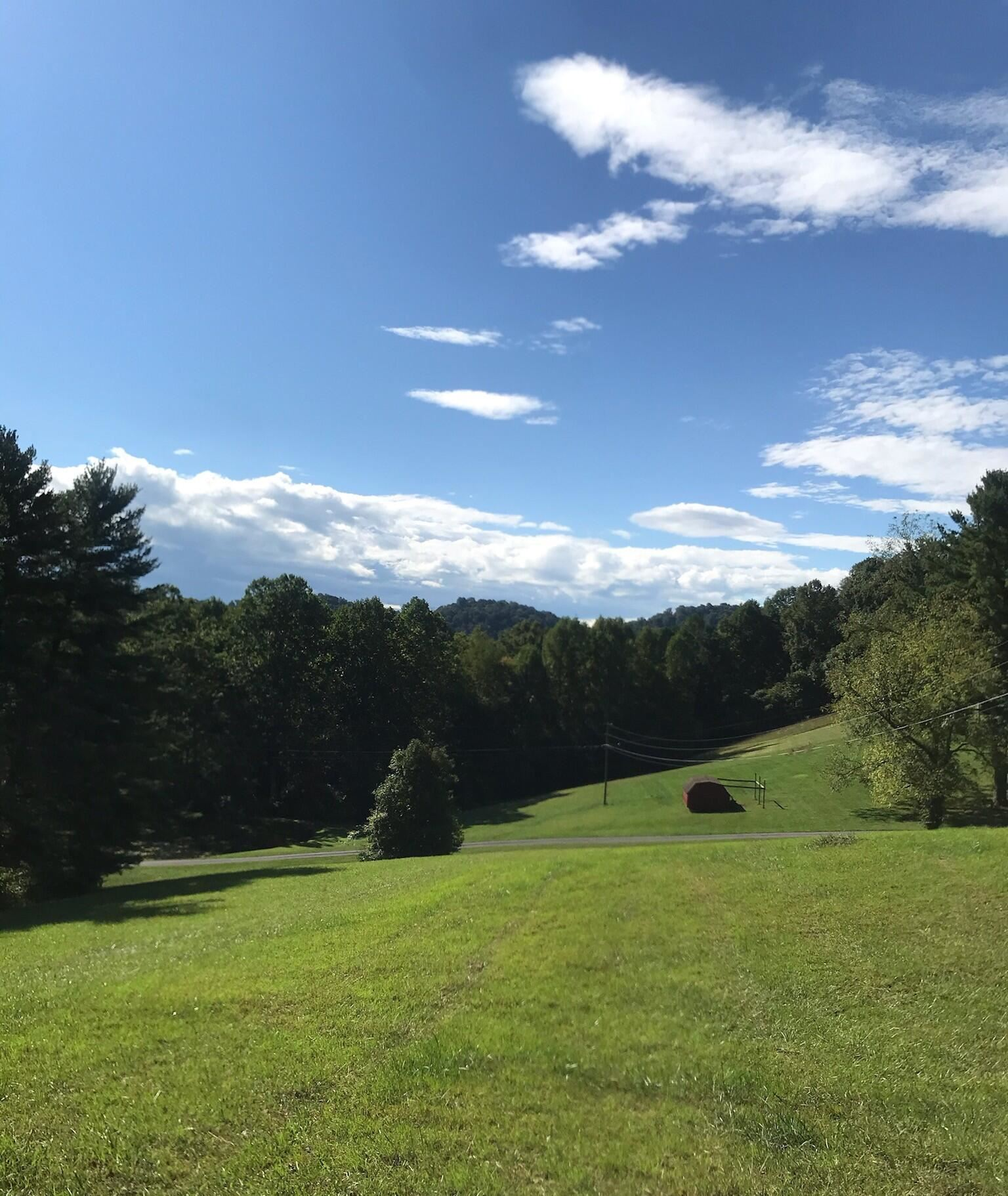 Photo of 255 Central Heights Rd. Road, Blountville, TN 37617 (MLS # 9929307)