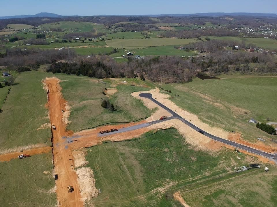 Photo of Lot 8 Reserve At Hillendale Farms, Gray, TN 37615 (MLS # 9922334)