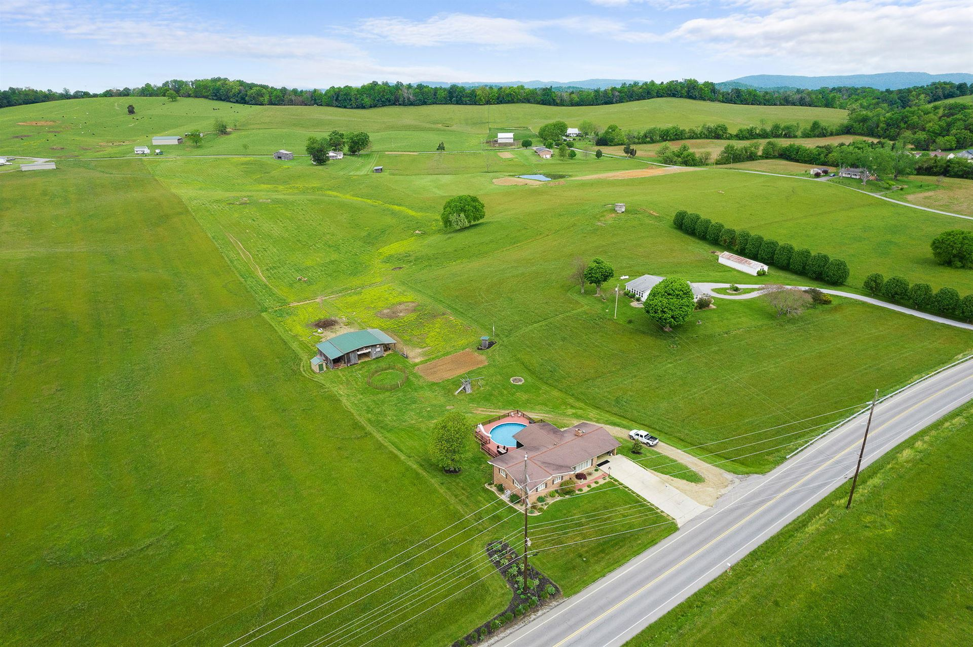 Photo of 5925 Snapps Ferry Road, Afton, TN 37616 (MLS # 9922438)