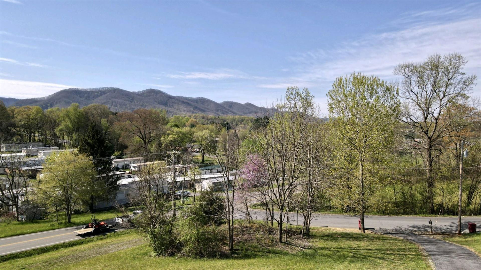 Photo of 1796 Brook Hollow    & Road, Johnson City, TN 37604 (MLS # 9928442)
