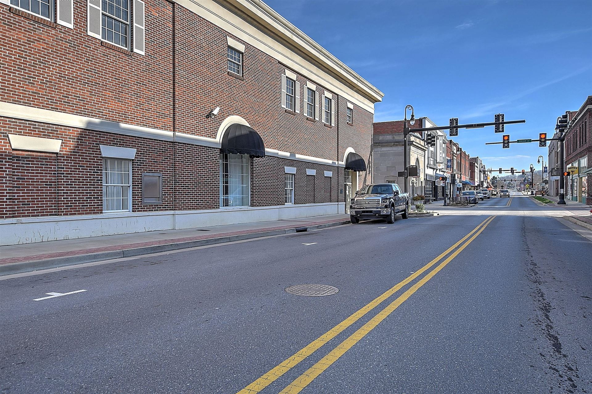 Photo of 201 South Main Avenue, Erwin, TN 37650 (MLS # 9919466)