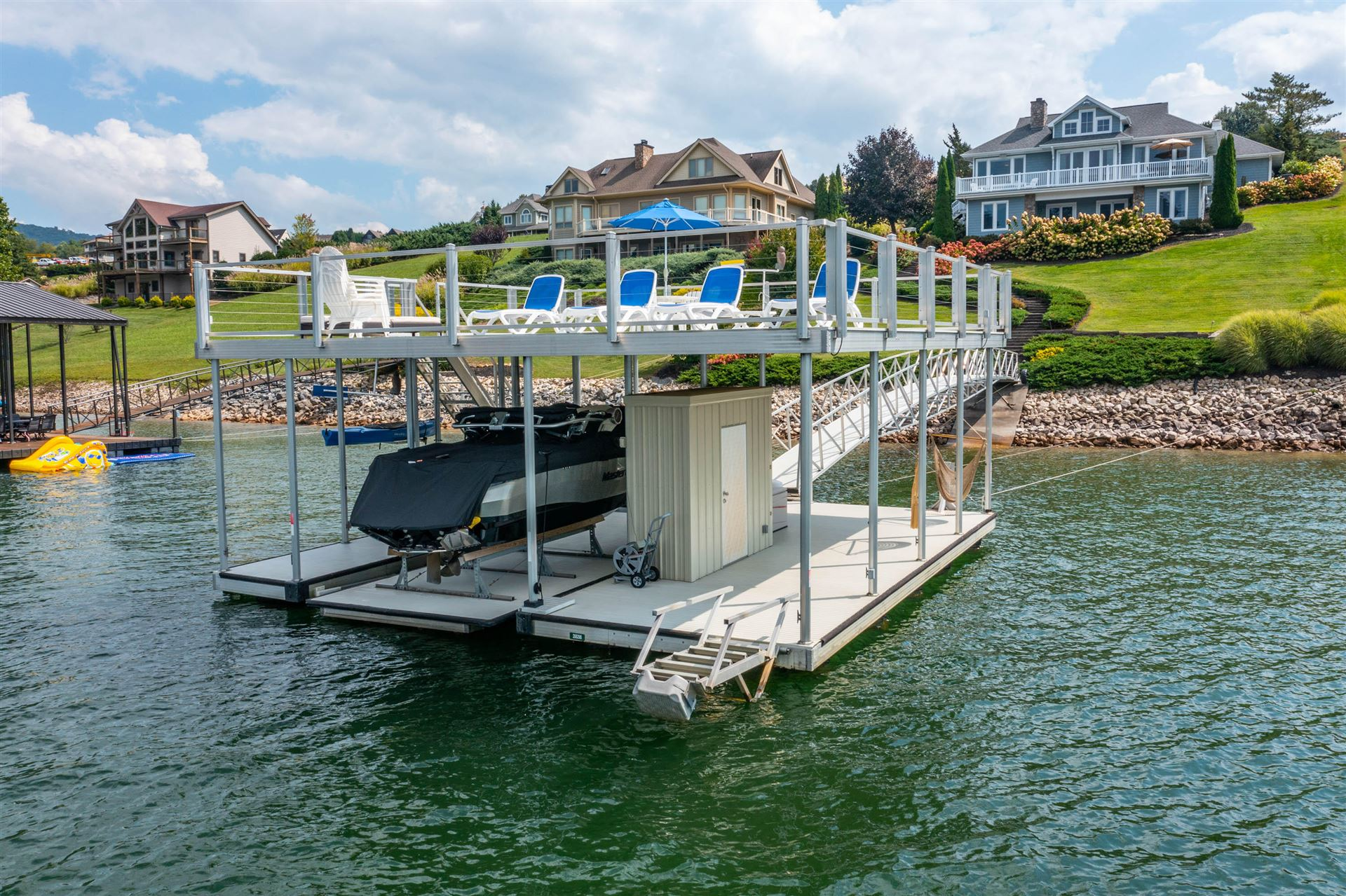Photo for 576 Harbor Point Road, Butler, TN 37640 (MLS # 9928662)