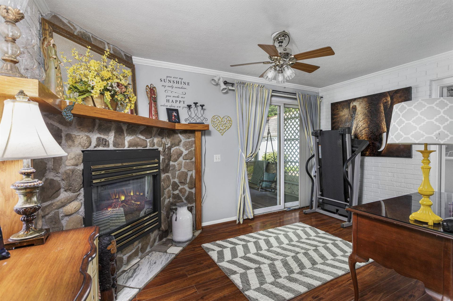 Photo of 900 Spring Valley Drive, Kingsport, TN 37660 (MLS # 9922690)