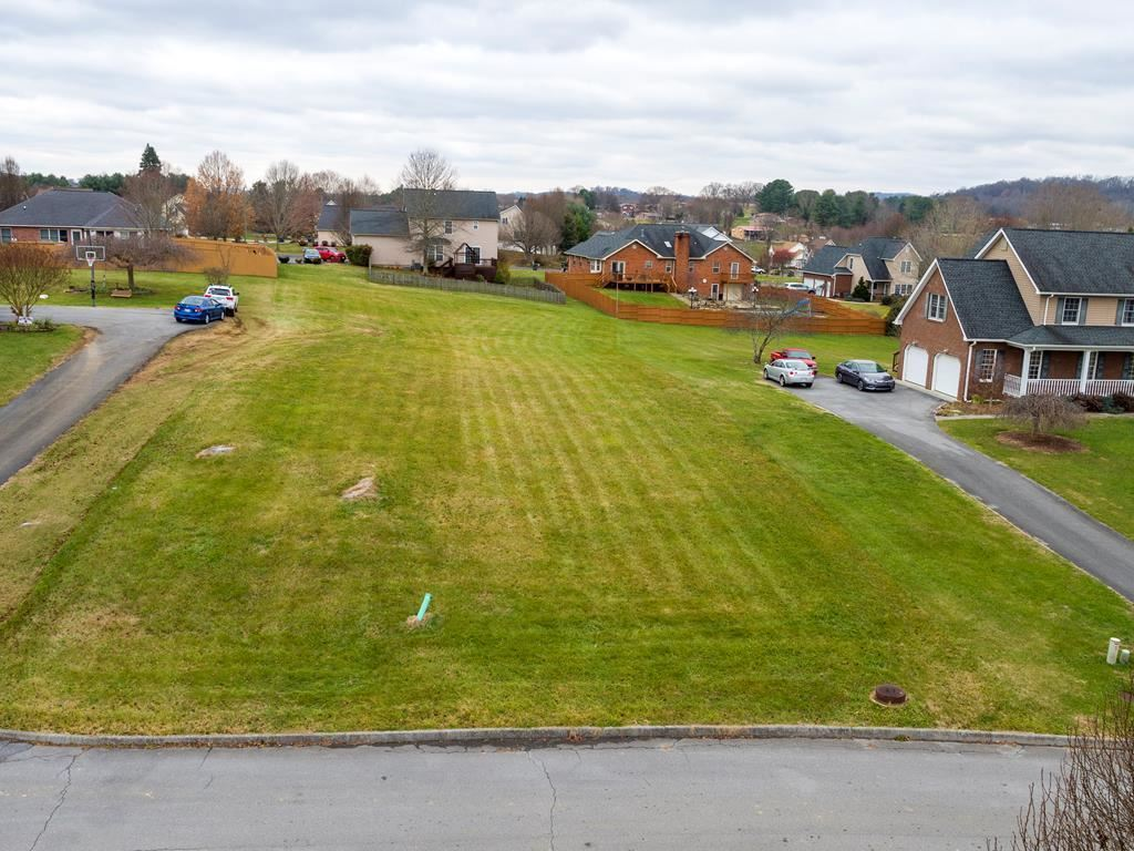 Photo of 132 Sterling Court, Bluff City, TN 37618 (MLS # 9916697)