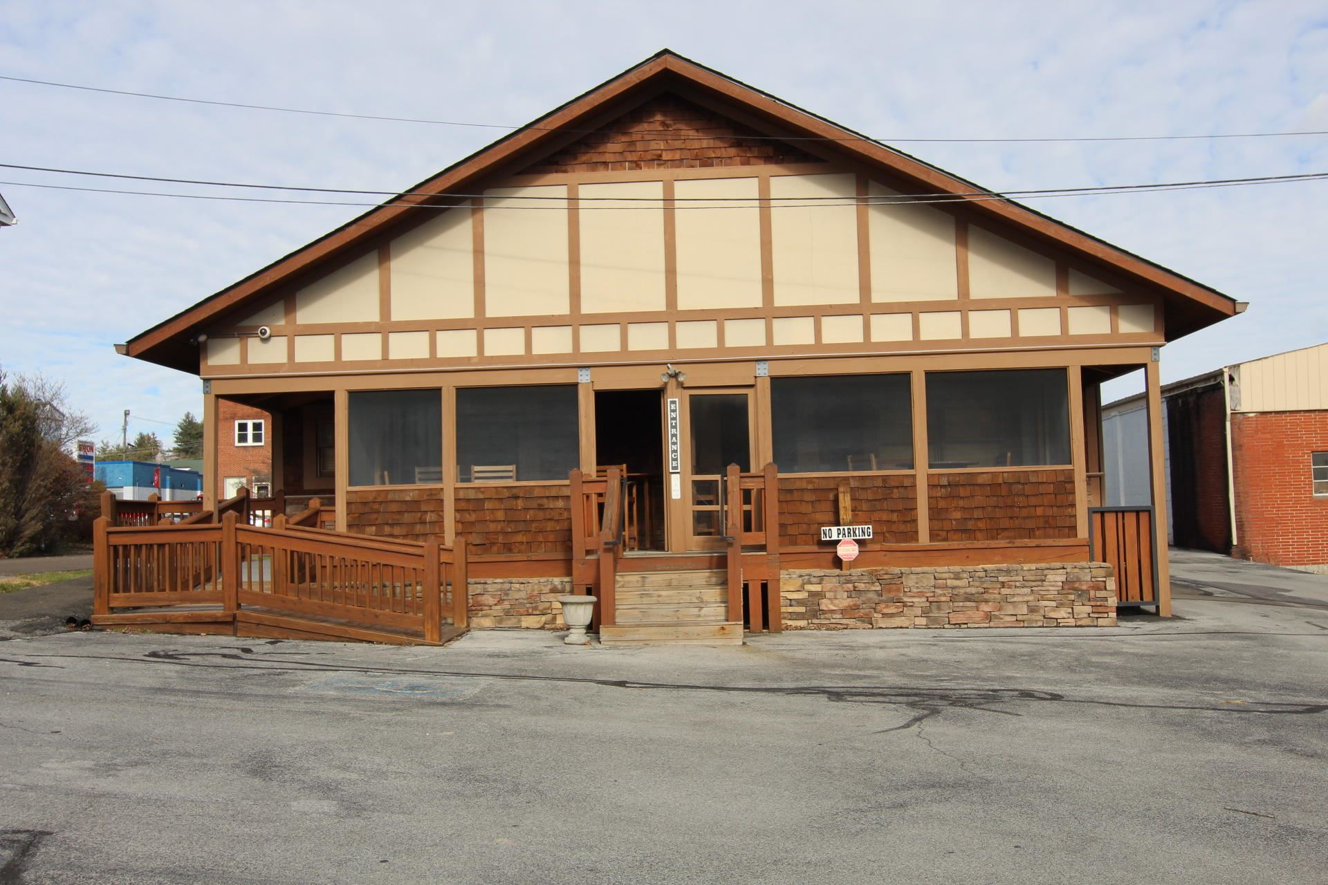 Photo of 129 West Main Street, Mountain City, TN 37683 (MLS # 9902727)