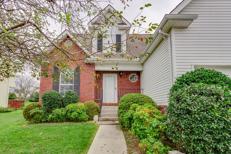 Photo of 4627 Aylesbury Drive, Knoxville, TN 37918 (MLS # 9928758)