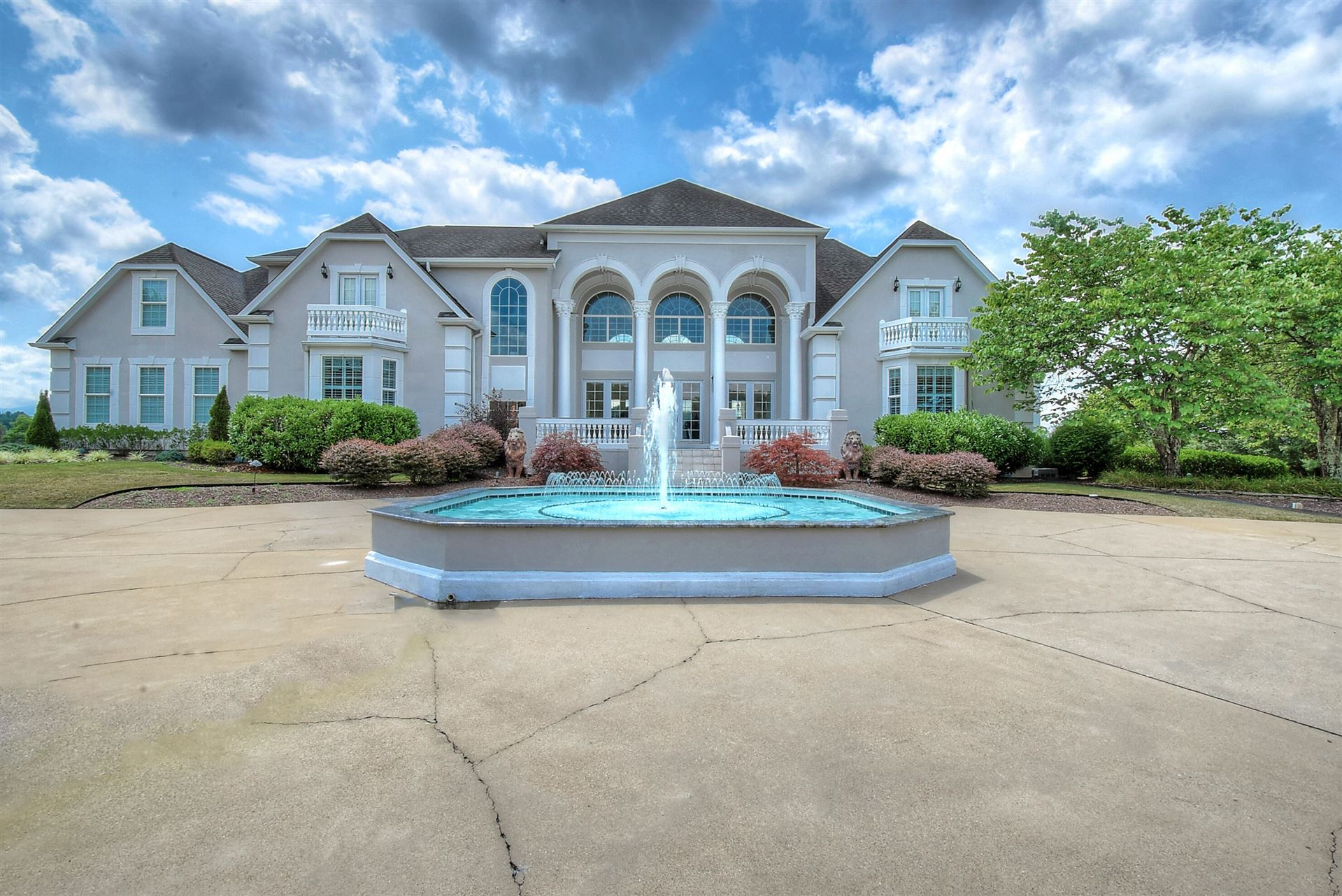 Photo of 2118 Feathers Chapel Road, Blountville, TN 37617 (MLS # 9925764)