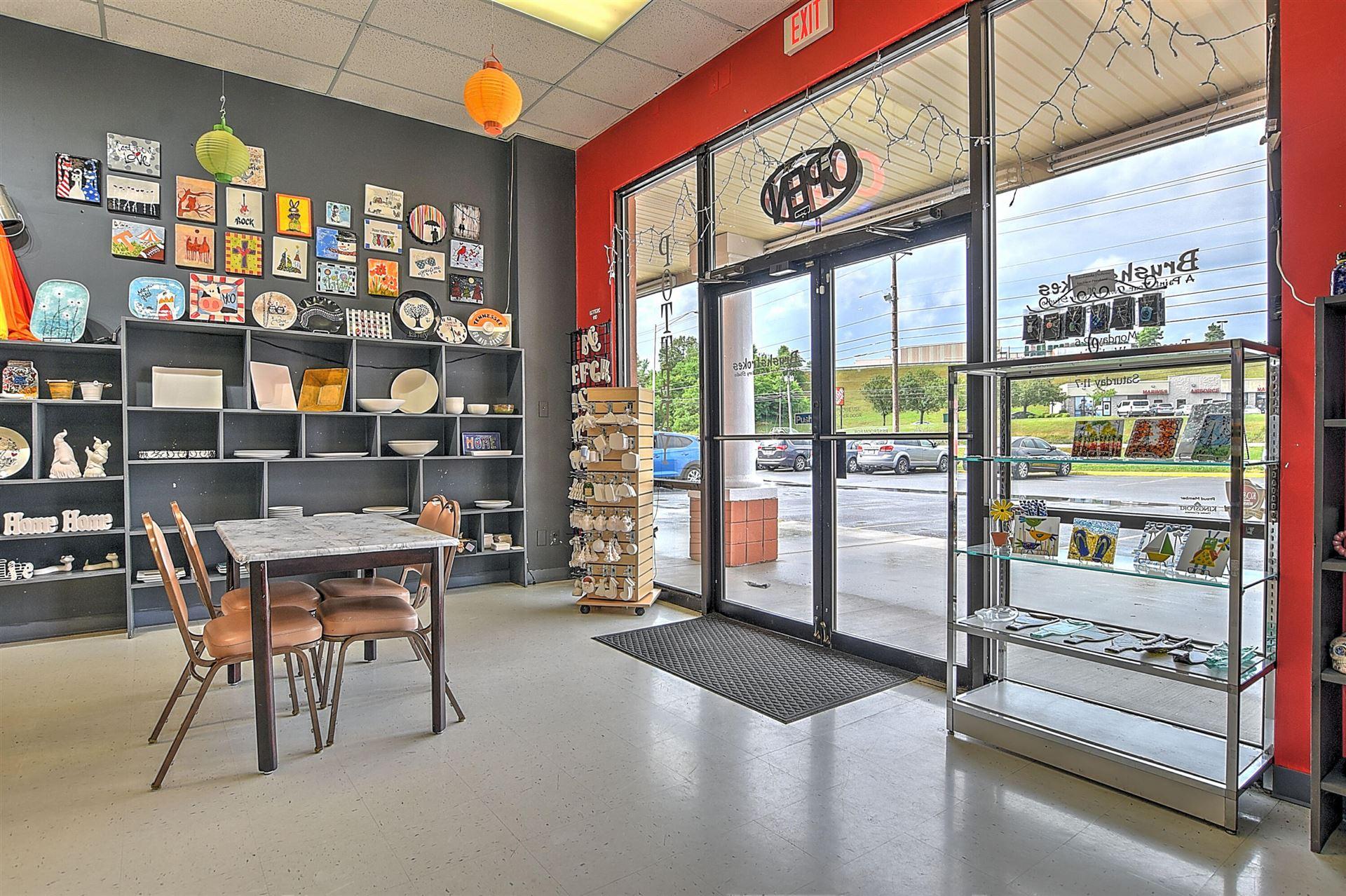 Photo of 1001 East Stone Drive, Kingsport, TN 37660 (MLS # 9923770)