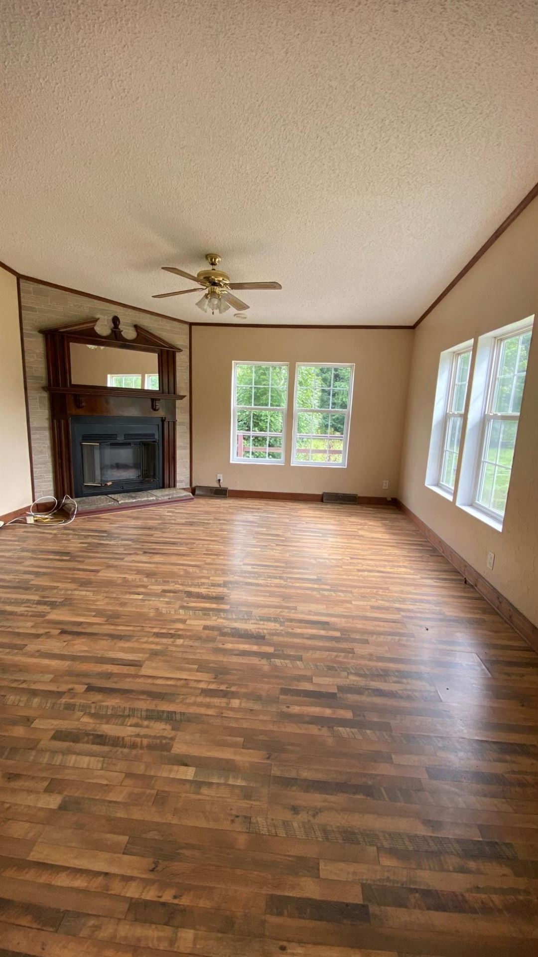 Photo of 5371 Natural Tunnel Parkway, Duffield, VA 24244 (MLS # 9925833)