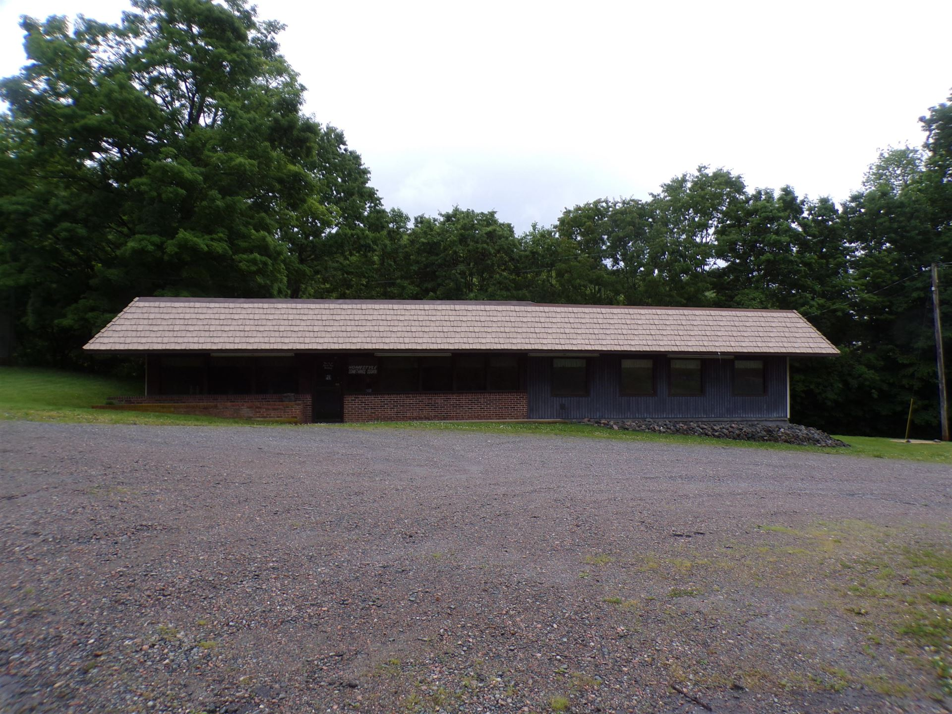 Photo of 11504 South Highway 421, Trade, TN 37691 (MLS # 9908838)