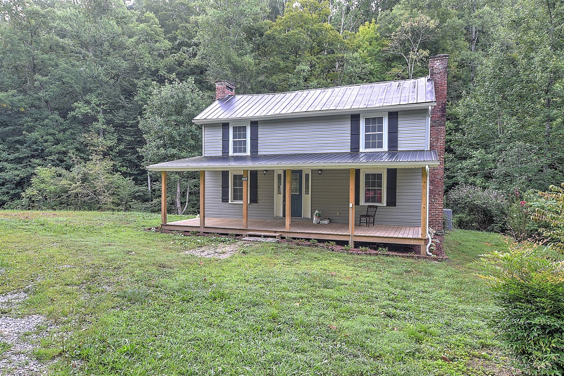 Photo of 4619 Natural Tunnel Parkway, Duffield, VA 24244 (MLS # 9927916)