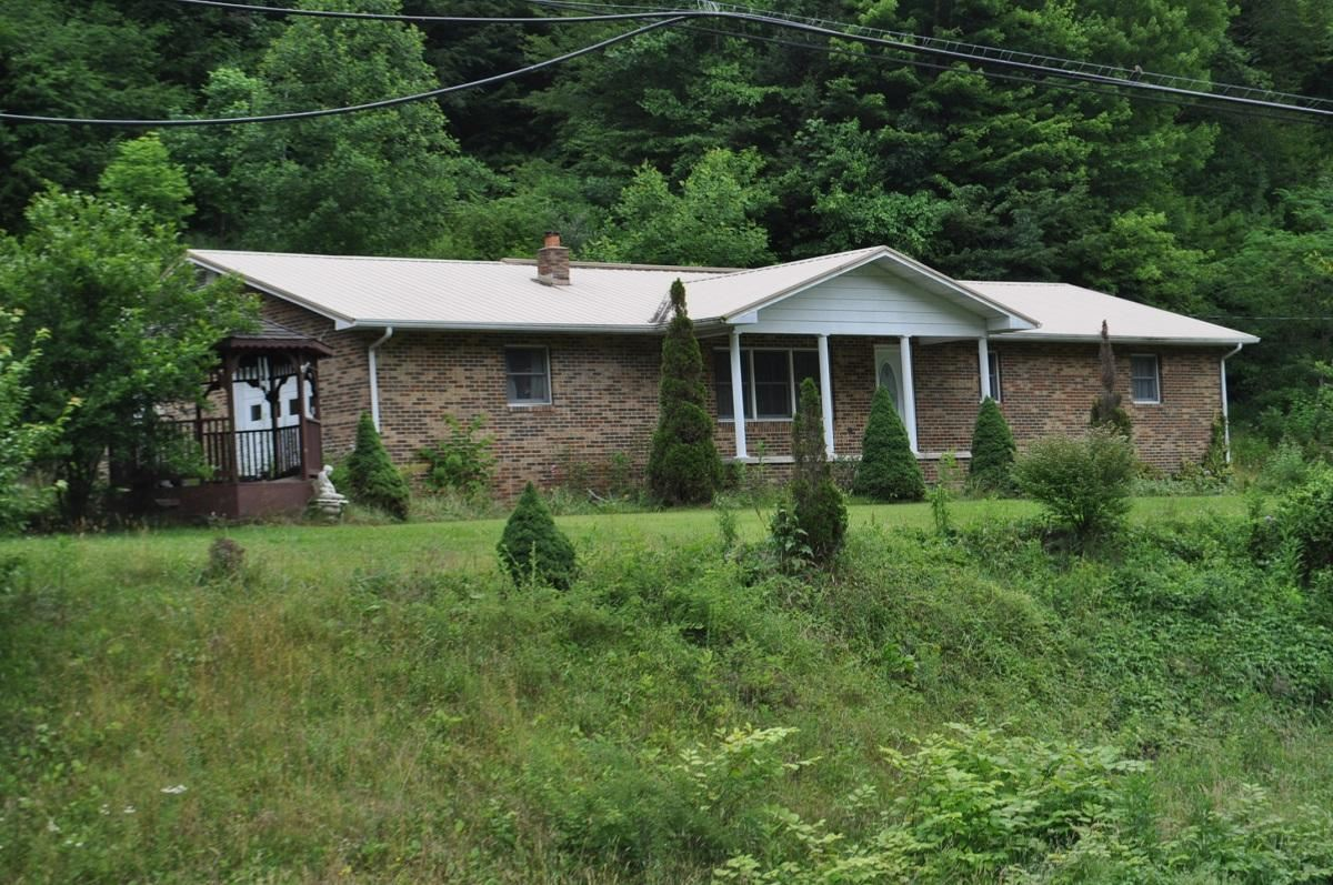 Photo of 8512 Orby Cantrell Highway Highway, Wise, VA 24293 (MLS # 9924936)