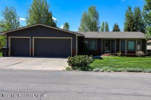 Photo of 3054 RANGEVIEW DR, Jackson, WY 83001 (MLS # 21-3138)