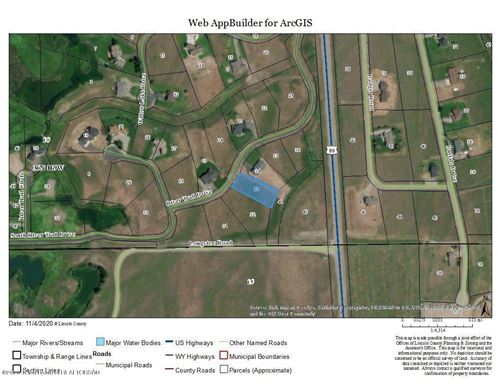 Photo of LOT 33 RIVER TRAIL DR, Alpine, WY 83128 (MLS # 20-3379)